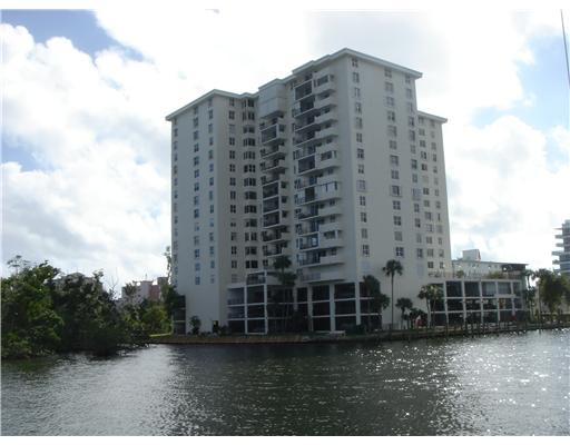 Fort Lauderdale Real Estate | Americas on the Park condos for sale