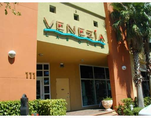 Fort Lauderdale Real Estate | Venenzia Condos for Sale