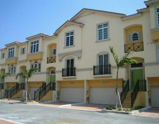 Fort Laudedale Real Estate - Villas of Coral Heights